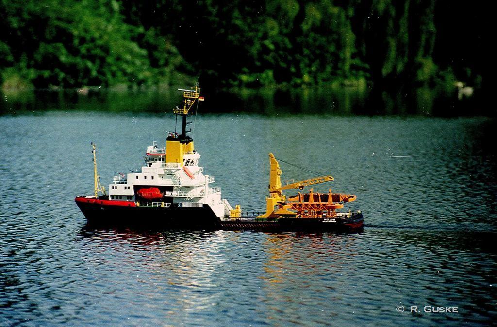 Gewässerschutzschiff MELLUM
